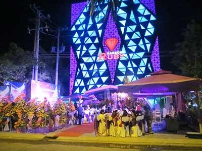 Kiến trúc ấn tượng karaoke Ruby Rạch Giá