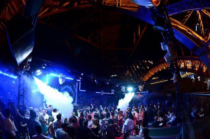 Chateau Night Club , Las Vegas / USA Bar club nối tiếng hàng đầu thế giới 5