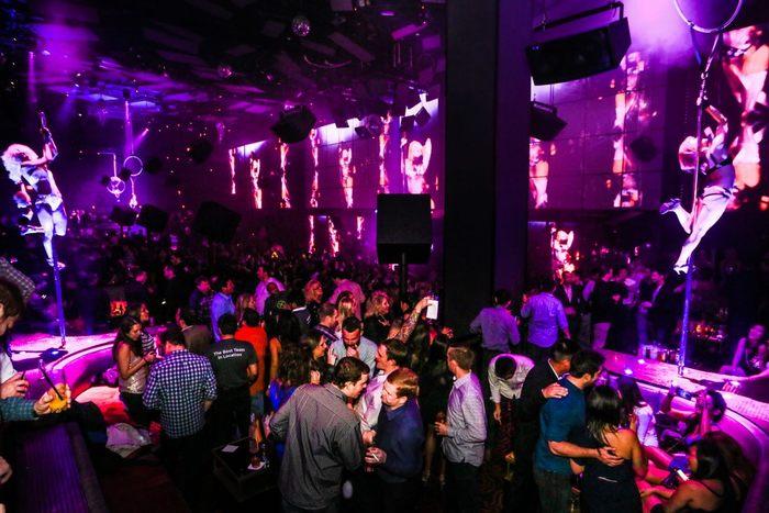 Light Nightclub Club nổi tiếng 4