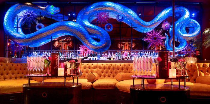 Surrender Nightclub - bar club nối bật thế giới