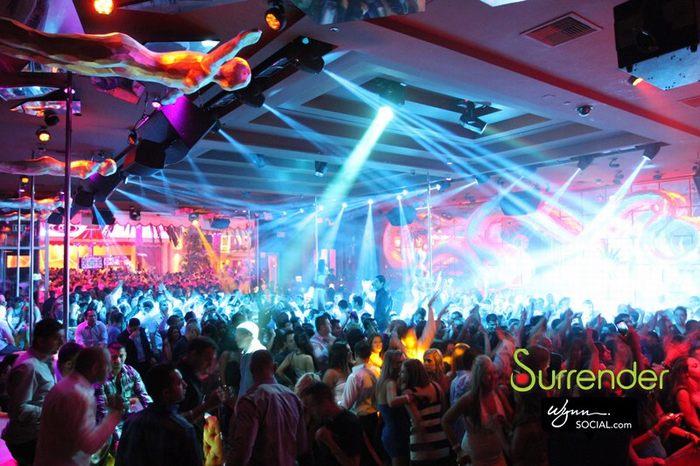 Surrender Nightclub - bar club nối bật thế giới 4