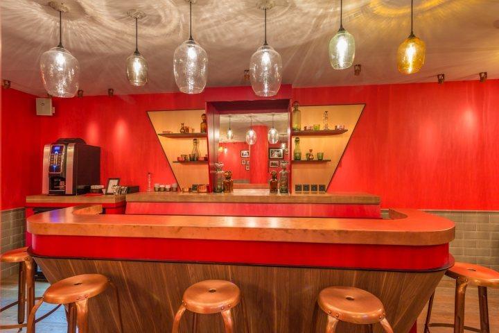 thiết kế quầy bar độc đáo