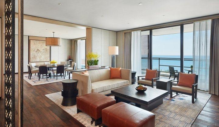 thiết kế bàn ghế khách sạn