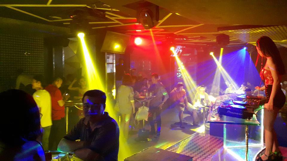 Bar club kiều 4