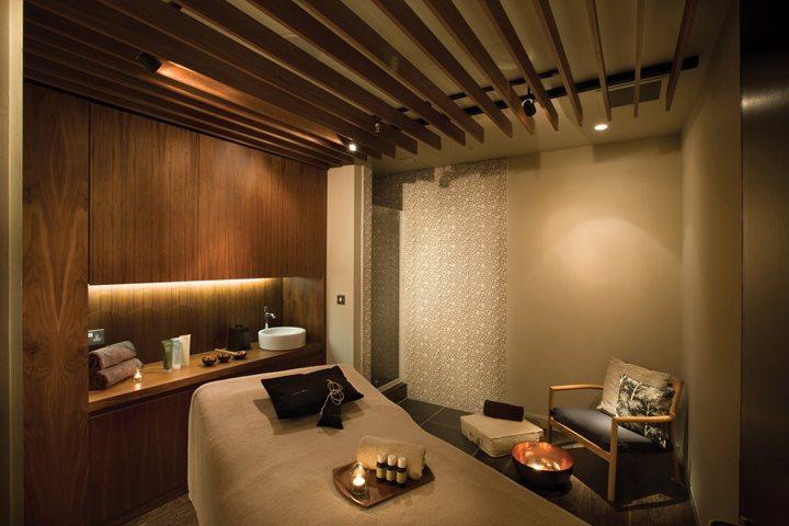 thiết kế nội thất spa chuyên nghiệp giá rẻ 13