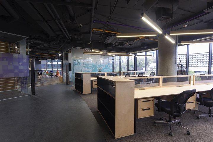 thiết kế khu nhân viên văn phòng làm việc