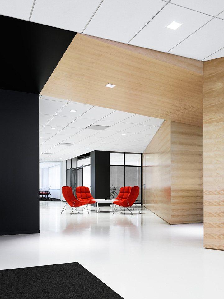 thiết kế nội thất văn phòng màu sắc nổi bật 10