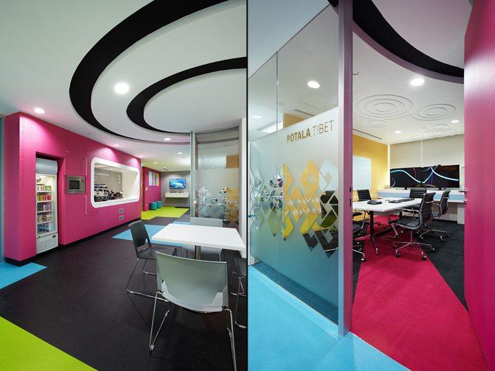 thiết kế nội thất văn phòng nổi bật độc đáo 7