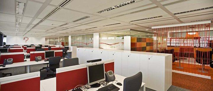 thiết kế thi công nội thất văn phòng mới lạ
