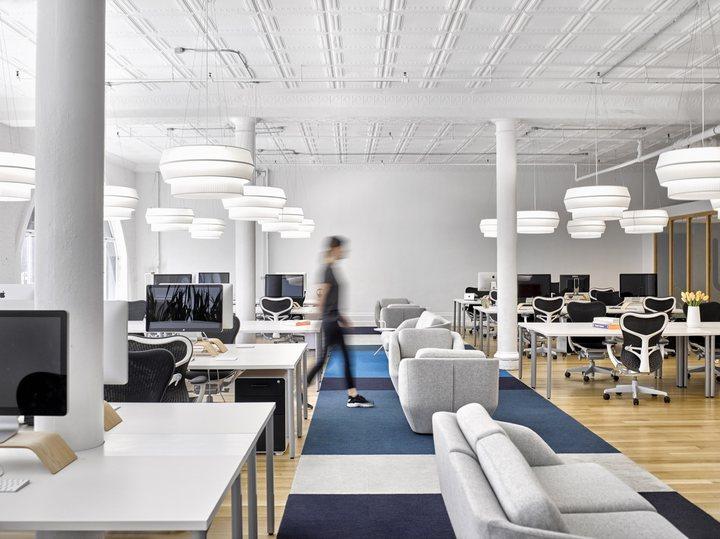 thiết kế đèn treo trần văn phòng làm việc