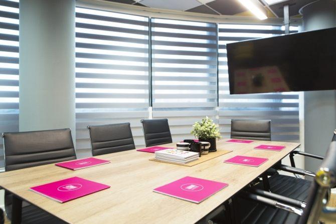 Thiết kế văn phòng chuyên nghiệp và sang trọng 12