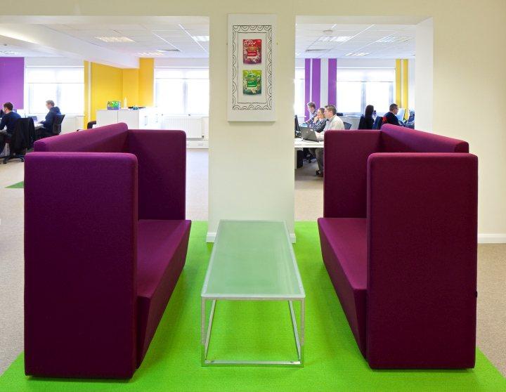 thiết kế màu sắc văn phòng ngộ nghĩnh