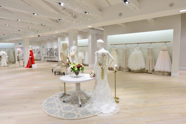 Ngắm mẫu thiết kế showroom áo cưới đẹp 1 2